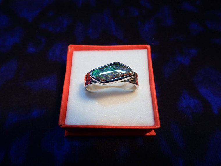 Black Opal Ring Slide